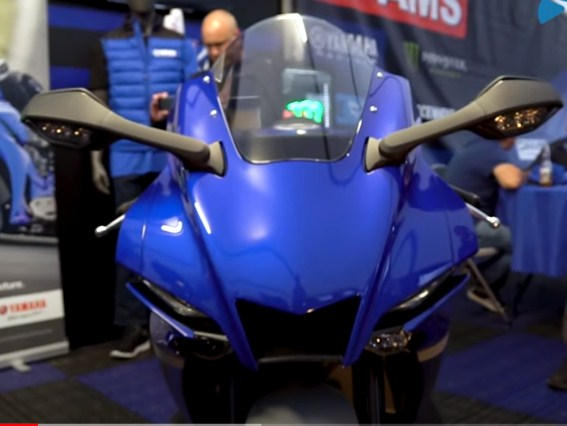 2022 Review of the Latest Yamaha R1 & R1M Specifications